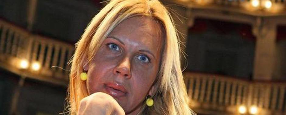 129 - Addio a Valentina Ok, la trans neomelodica. (129)