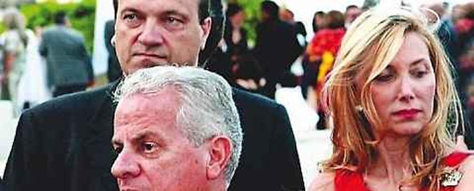 136 - L´ex ministro Scajola ha ottenuto gli arresti domiciliari. (136)