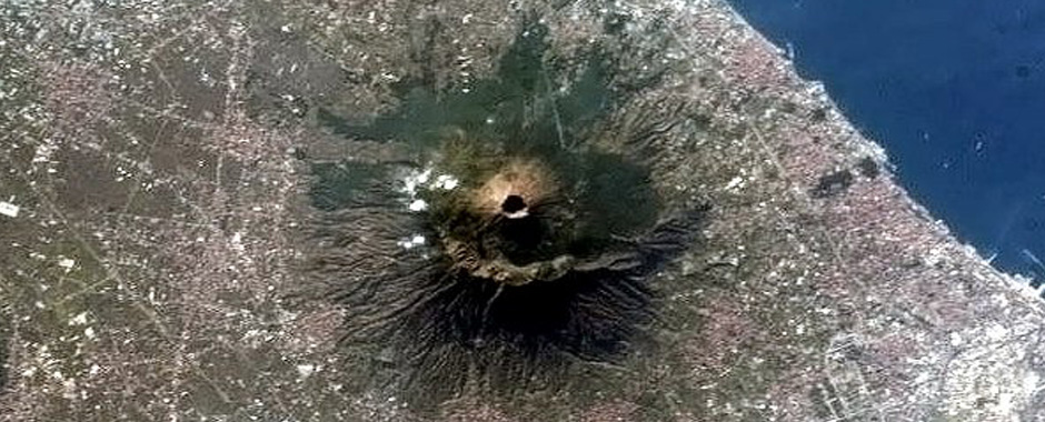 143 - Se il Vesuvio si risveglia sarà una catastrofe. (143)
