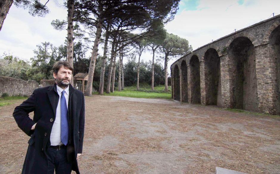 rid153 - Musei, nuova tegola per il ministro Franceschini: respinta sospensiva sulla nomina dei direttori (rid153)
