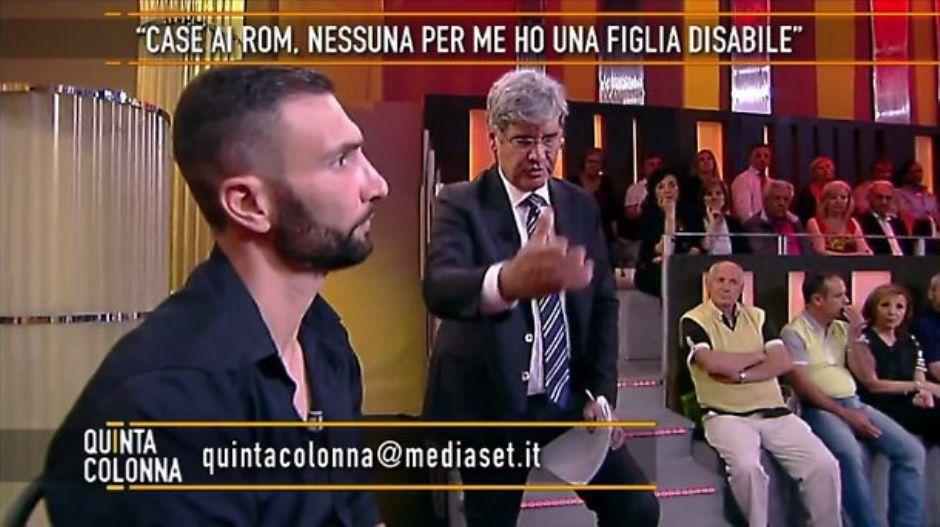 rid187 - Berlusconi, telefonata in diretta tv per lo sfrattato: «La vicenda della casa la sistemo io» (rid187)