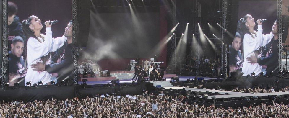 xx4 - Manchester risponde ad Ariana Grande. One Love, il concerto:  (xx4)